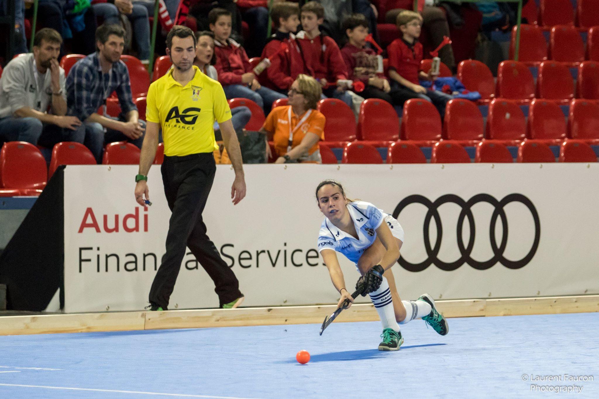 AXIWI-bietet-den-Topschiedsrichtern-des-Belgischen-Hockeyverbandes-viele-Vorteile